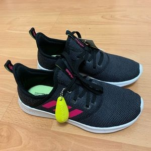 NWT Women's Adidas Sneakers Size 5.5